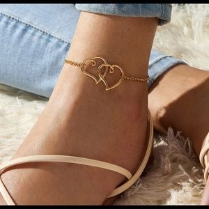 Intertwined Hearts Anklet
